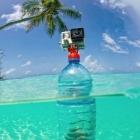 Photo de la fixation sur une bouteille immergée dans l'eau