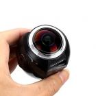 Caméra XD360 4K - Pano View  tenue dans la main