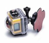 Caméra embarquée 360° SP360 Kodak - Extreme pack installée dans son caisson et montée sur la fixation surf