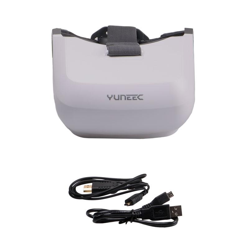 Le casque FPV Yuneec Skyview est livré avec un câble HDMI ainsi qu'un câble USB