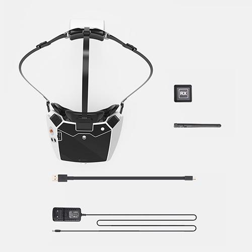 Contenu du casque Goggle 4 Walkera : casque Google 4, deux antennes, câble d'alimentation, chargeur EU...