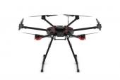 Drone DJI Matrice 600 - vue de face