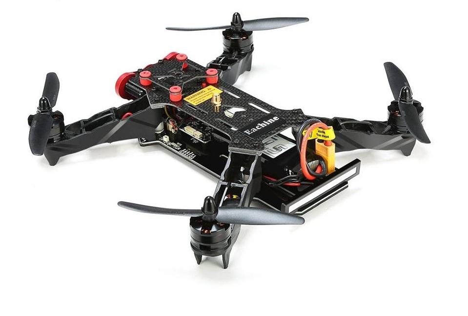 Drone racer EAchine 250 ARF et son bandeau de LED à l\'arrière