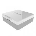 Le Yuneec Breeze 4K est fourni dans une jolie boîte blanche avec une batterie, un chargeur, des protections d'hélices ainsi qu'un jeu de 4 hélices