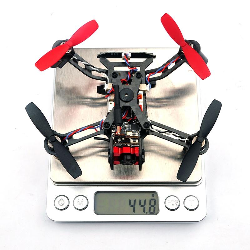 Eachine Vtail QX110 BNF sur la balance sans batterie