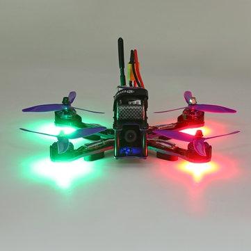 Eachine Wizard X220 RTF vue de face avec les led allumées