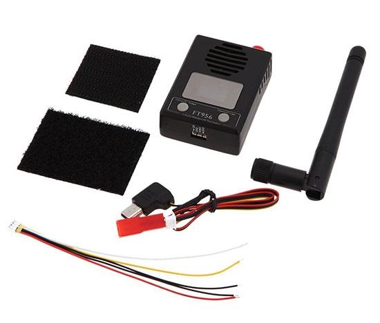 Emetteur vidéo 5,8GHz ajustable FT956 avec deux fixations adhésives, deux câbles de raccordement et une antenne