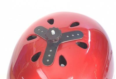 fixation pour caméra embarquée de type GoPro permettant de fixer la caméra sur un casque