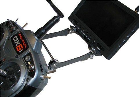 Fixation écran pour radiocommande