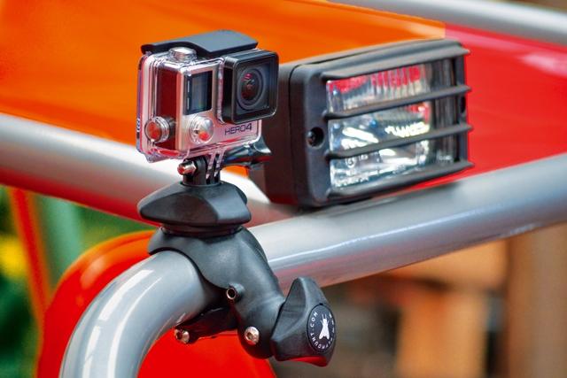 Fixation Flymount V4 avec GoPro Hero4 sur tube aluminium
