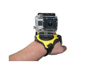 Fixez votre GoPro directement � votre main ou poign�