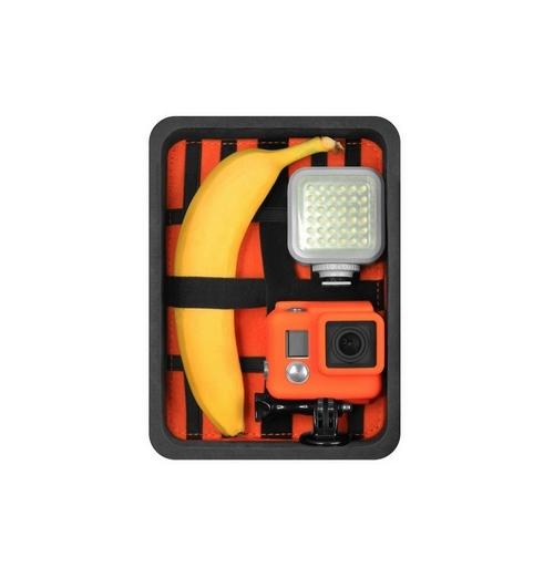 Mallette Universal Small Capxule avec 1 caméra GoPro, une lampe et une banane