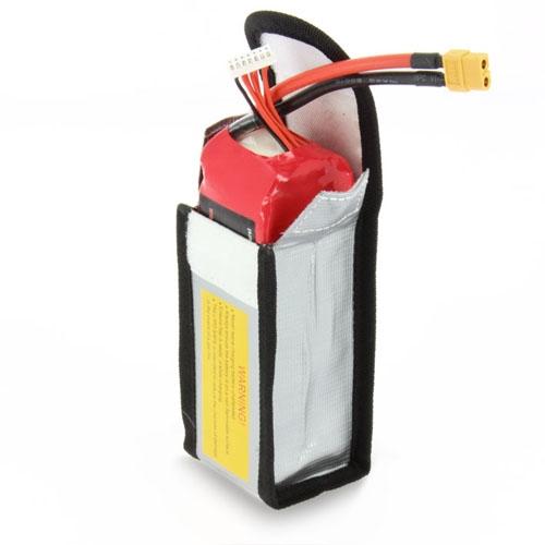 Ce sac est vraiment pratique pour la charge ou le transport des batteries.