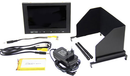 """Moniteur HD 7\"""" Lilliput - 5,8Ghz avec pare-soleil, 2 antennes, un chargeur, une batterie et deux câbles vidéo"""