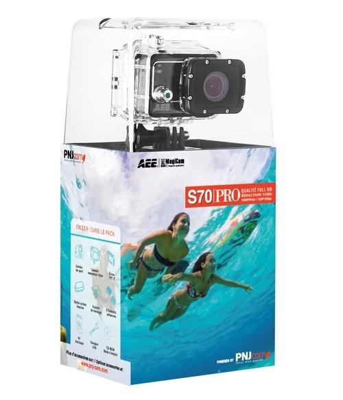 De nombreux accessoires fournis avec le caméra pour faciliter son utilisation (caisson, écran BacPac, fixations...)