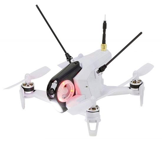 Rodeo 150 BNF drone blanc vue de biais
