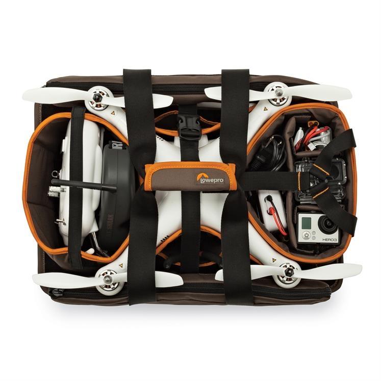 Le sac est très agréable et ergonomique. Votre radiocommande, votre drone, batteries et caméra embarquée trouveront tous une place et une bonne protection.