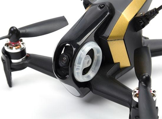 Zoom sur l'avant du drone racer Walkera F150 Rodeo RTF noir