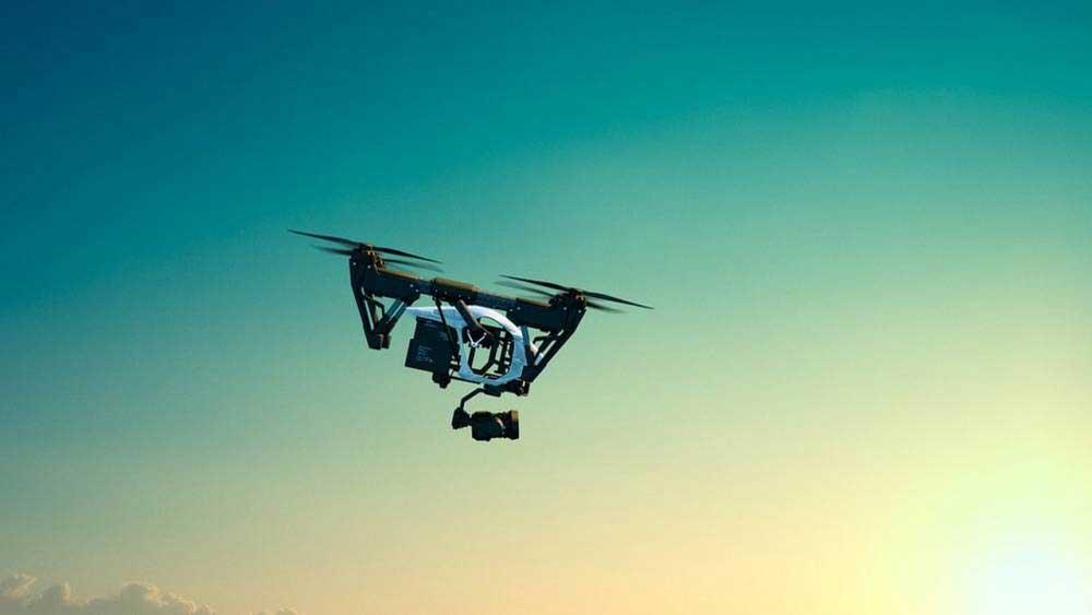 A-t-on le droit de filmer avec un drone ?
