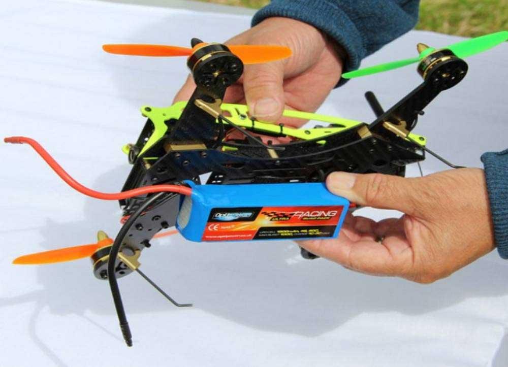 Comment choisir son drone de course