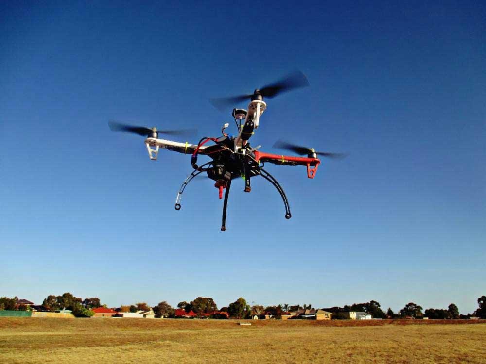Peut-on faire voler un drone en ville ?