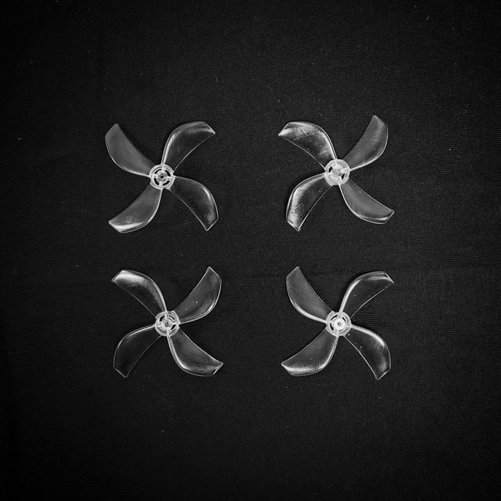 4 Hélices Azi Quad Tri Blade (0.8mm) - NewBeeDrone