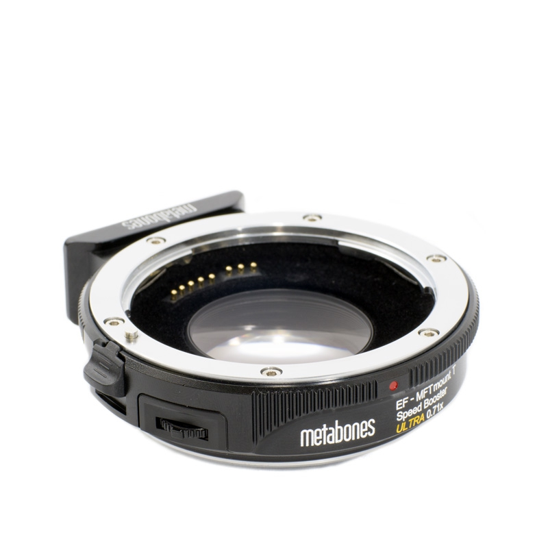 Bague d\'adaptation Canon EF vers Micro 4/3 T Speed Booster ULTRA 0.71x - Metabones