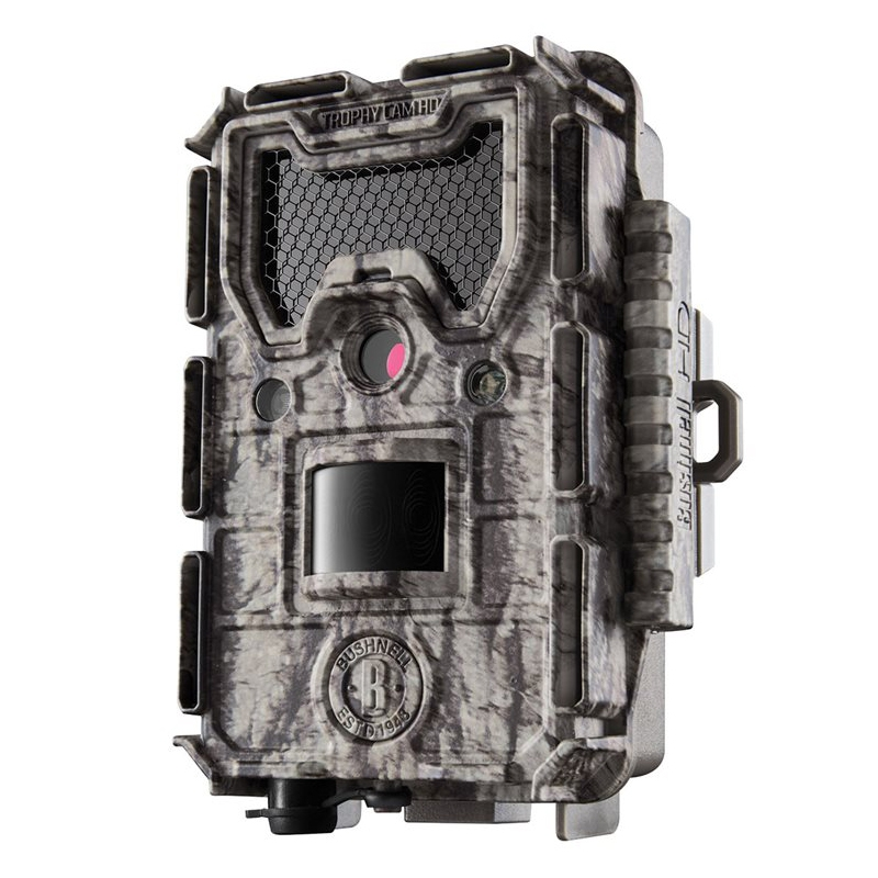 Le Bushnell Trophy Cam Aggressor HD est toujours sous license camouflage Realtree Xtra