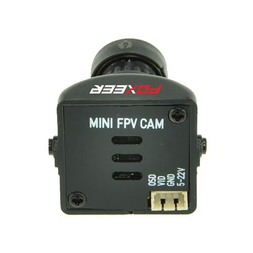 Caméra FPV Foxeer XAT600M vue de dos sur les connectiques