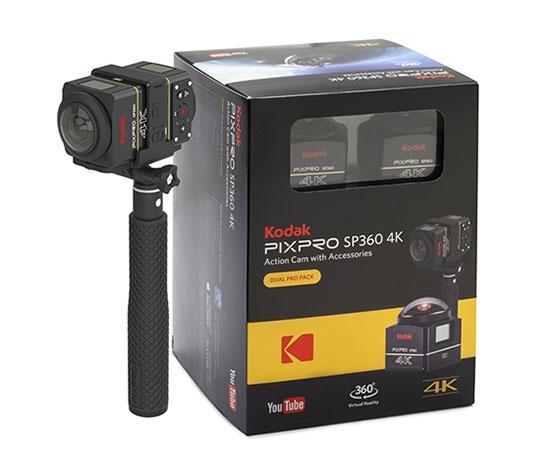 Deux caméras Kodak SP360 sur perche avec packaging