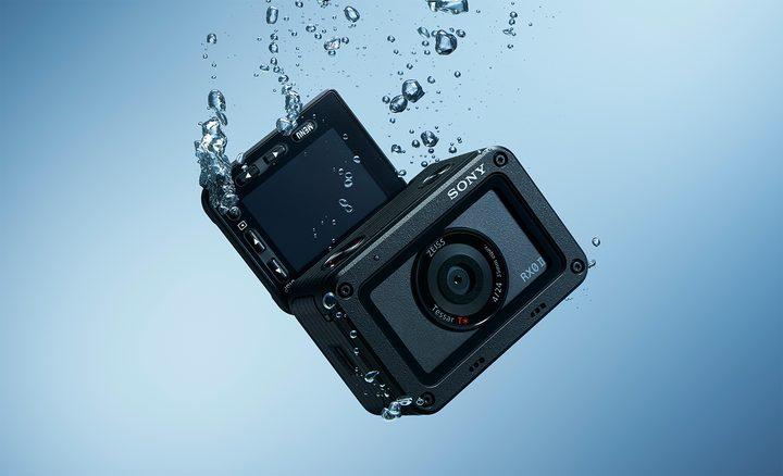 Caméra Sony RX0 II et Grip VCT-SGR1