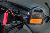 Le chargeur Roypow J24 est fourni avec tous les câbles nécessaires à son fonctionnement.