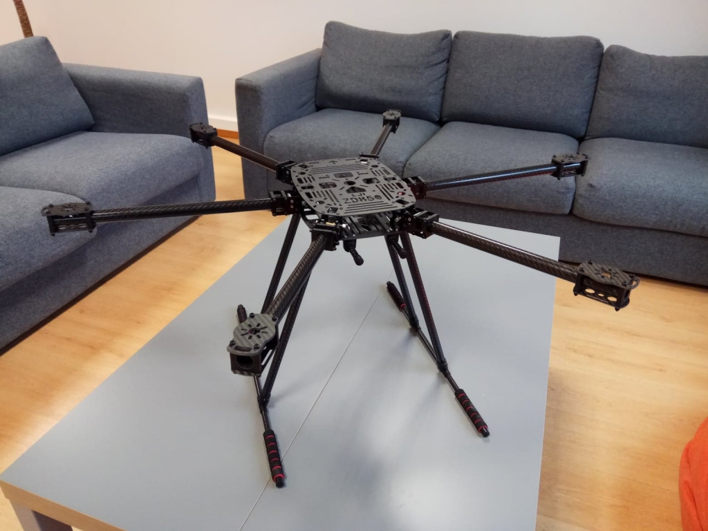 Châssis Hexacoptère ZD850 vue déplié en situation