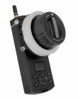 Télécommande DJI Focus pour Inspire1 permettant de piloter la mise au point de l\'objectif directement depuis le sol.