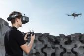 DJI Goggles Racing Edition avec drone DJI Mavic Pro en vol