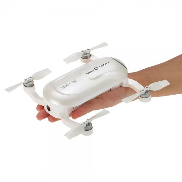 Drone selfie Zerotech Dobby posé dans une main