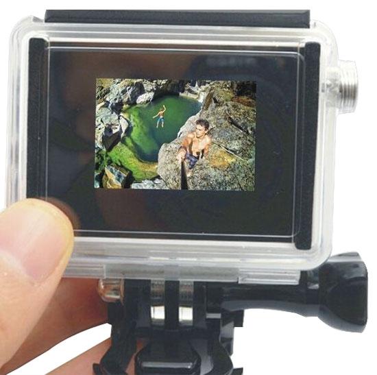 Ecran LCD BacPac sur la caméra embarquée Xiaomi Yi Cam dans le caisson étanche