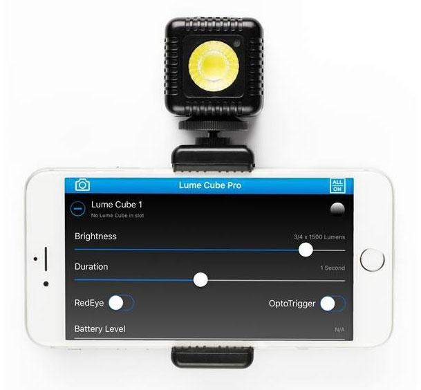 Fixation smartphone - LumeCube - vue de derrière