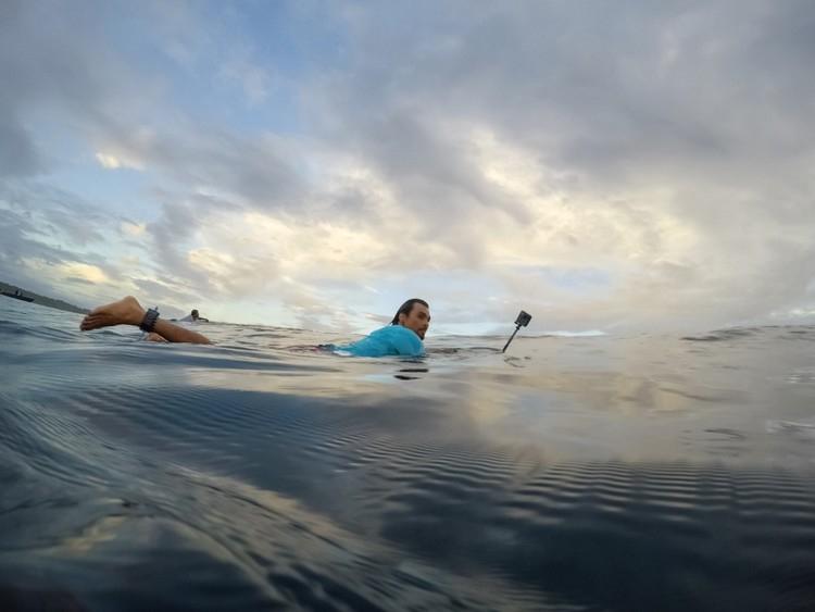 GoPro Fusion 360 utilisée par un surfeur