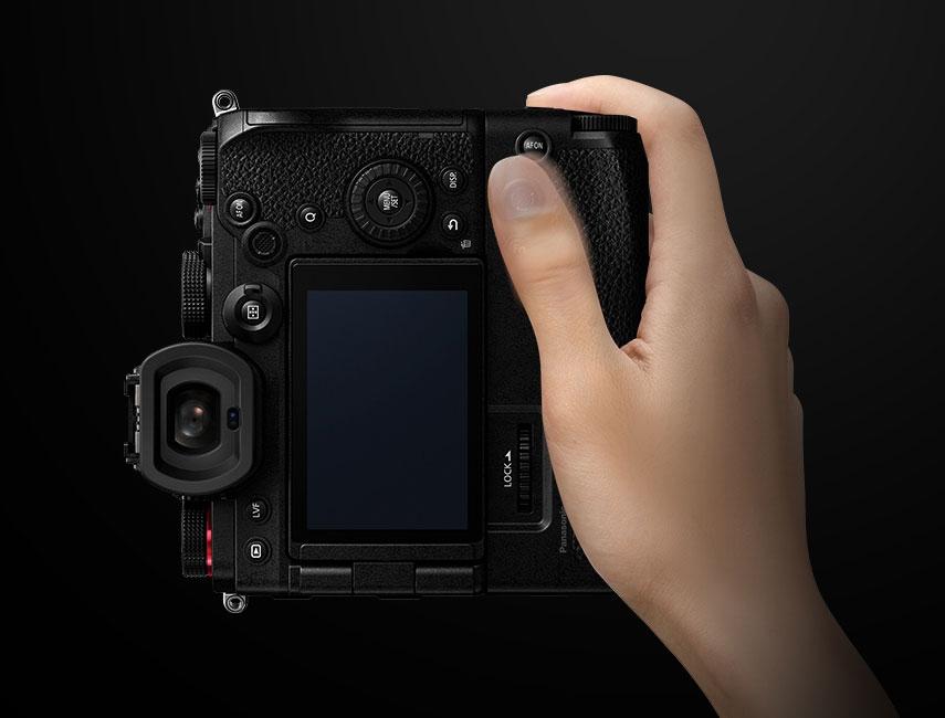 Grip vertical d\'alimentation pour Lumix S5 - Panasonic