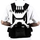 Harnais de transport + sacoche pour DJI Phantom 4 monté sur une personne avec les accessoires dedans - vue de dos
