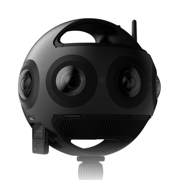 Insta360 Titan