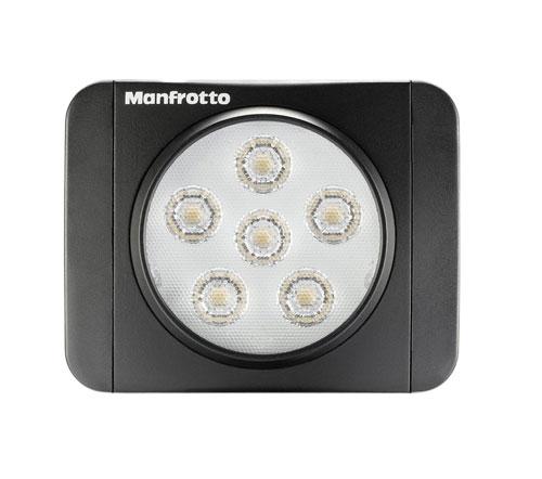 Un variateur de puissance est prévu pour régler la luminosité et ainsi pouvoir créer des ambiances différentes