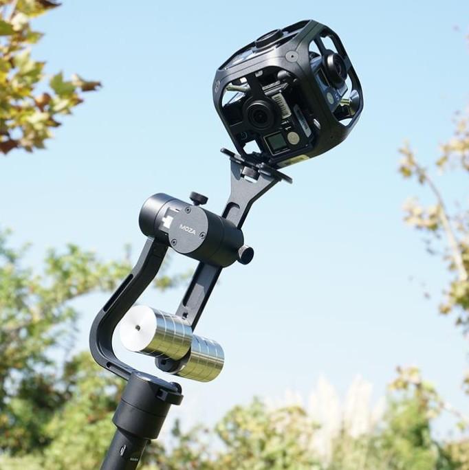 Moza Guru 360 Air Gudsen avec GoPro Omni