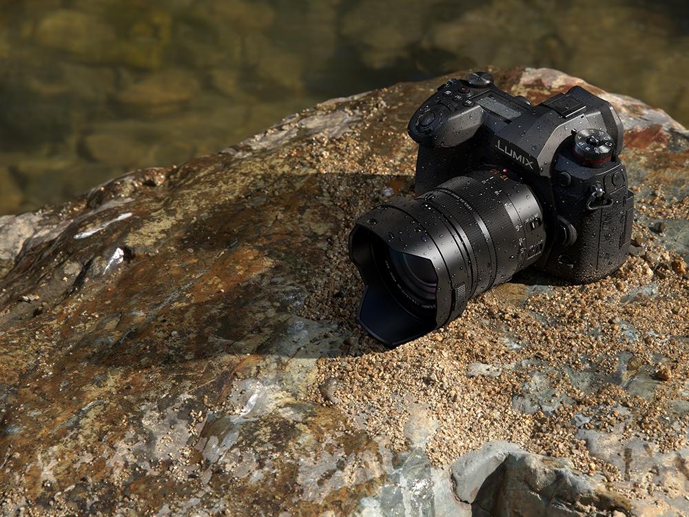 Panasonic Lumix G9 avec objectif 12-35mm f/2.8