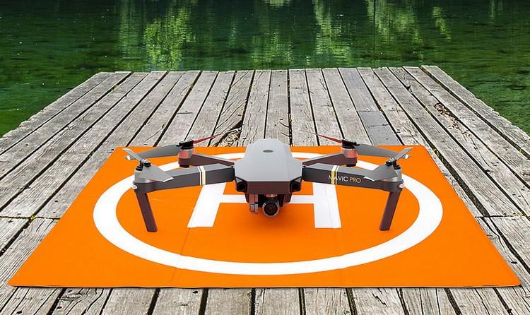 Piste de décollage carrée pour drones - PGY