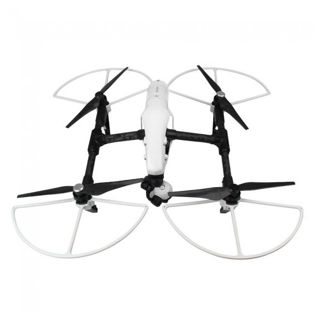 Protections d'hélices blanches clipsées sur un drone DJI Inspire 1