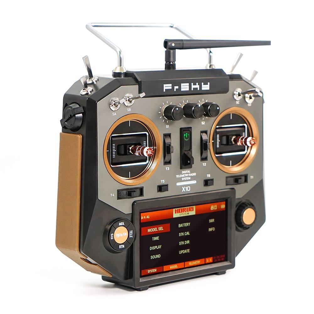 Radio Horus X10 16 voies vue de trois quart