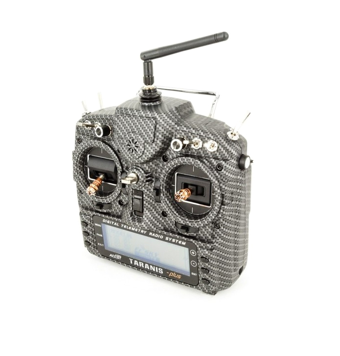 Radio Taranis X9D plus 16 voies 2.4Ghz ACCST Carbone Mat vue de devant
