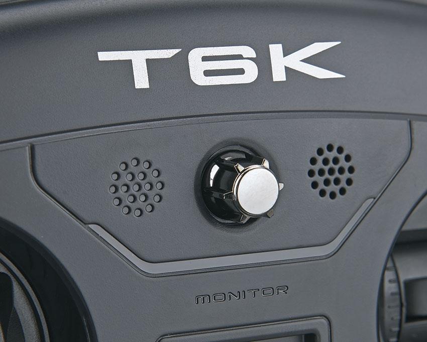 Radiocommande Futaba 6K - potentiomètre et speaker